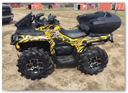 Can-Am Outlander CreatorX Graphics Bolt Thrower Yellow 01