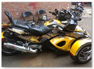 Can-Am Spyder RS CreatorX Graphics Kit SpiderX Yellow 01