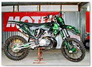 KTM XC 2012 CreatorX Graphics Kit Skull Chief Green 004