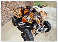 Polaris Predator 500 CreatorX Graphics Bolt Thrower Orange 01
